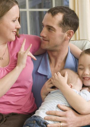 За децата в тишина – с обич, разбиране и подкрепа